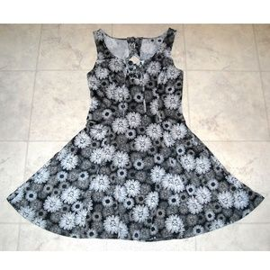 Goth Skulls and Daisies Floral Print Skater Dress